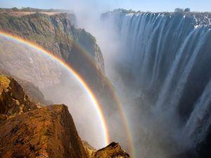 rainbow-victoria-falls-zambia_61488_990x742