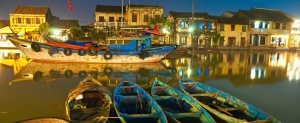 vietnam_hanoi_night__river_scene